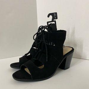 NWT Wide Width Memory Foam Lace Up Black Sandals